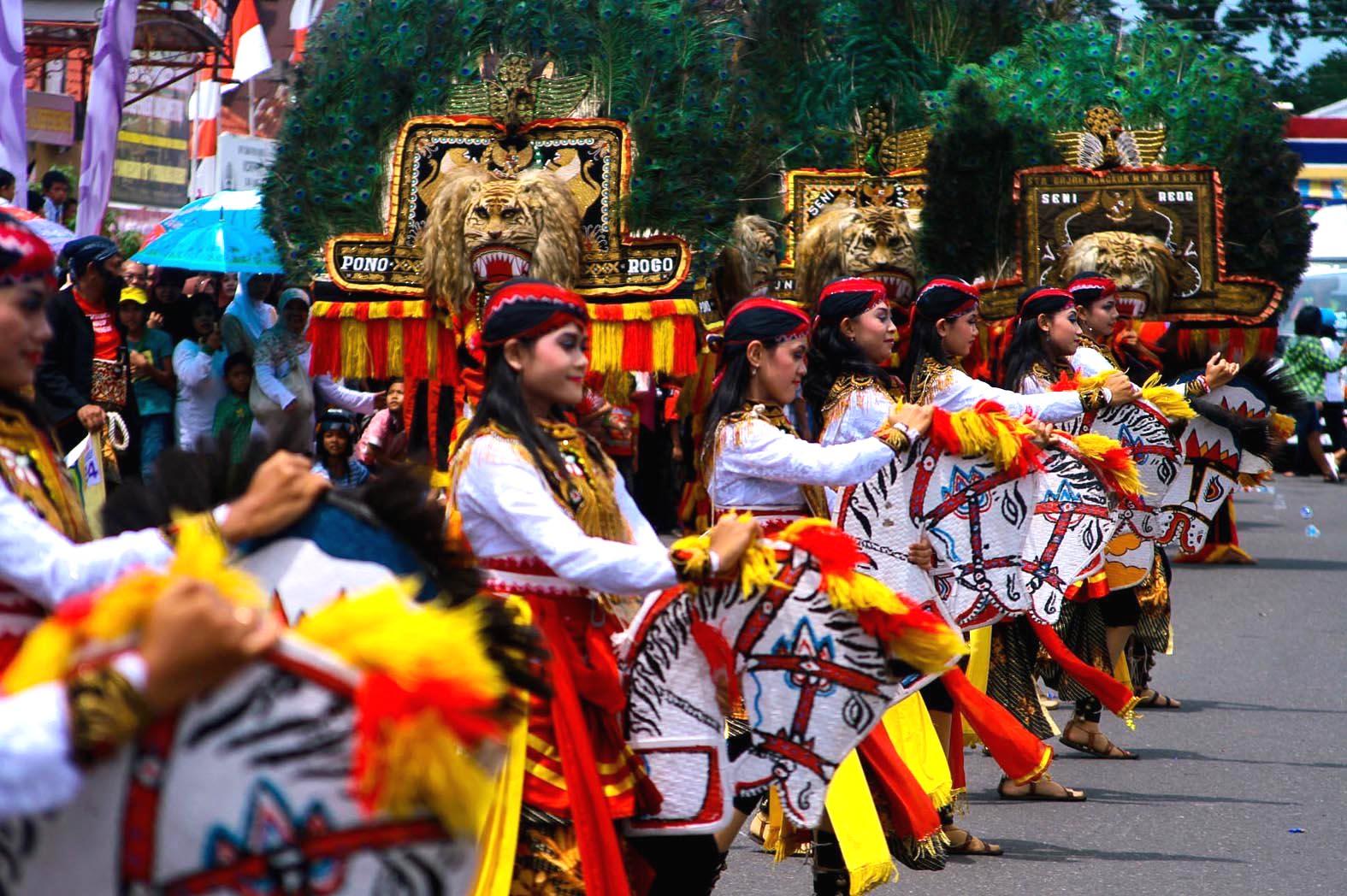 Kelompok Penari Jathilan Grup Reog Ponorogo  khabarJOSS.com
